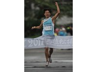 MIZUNO馬拉松接力 田徑資優生率清大破紀錄摘金