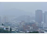 快訊/冷氣團強襲「晚上13度」!西部霾害嚴重…能見度不到200m