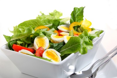 水果泡漂白水不健康?專家曝「超商3食物」製作真相...有疑慮的你必看!