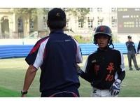 中平隊長謝喬恩偶像是林子偉 因為跑壘快很會內野安打