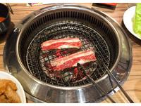 燒烤、火鍋「4大類」餐飲空污納管! 李應元:油煙比燃煤嚴重