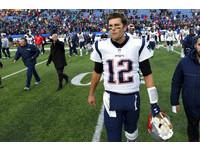 NFL/生涯傳球65000碼 布雷迪史上第4人