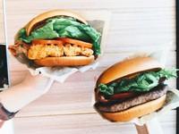 麥當勞期間限定「極選BLT安格斯黑牛堡」、「極選BLT辣脆鷄堡」