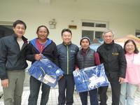 竹市為外籍漁工寒冬送暖 熱水澡理髮贈禦寒衣物