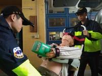竹市一線出勤救護車 全面配置自動心肺復甦機