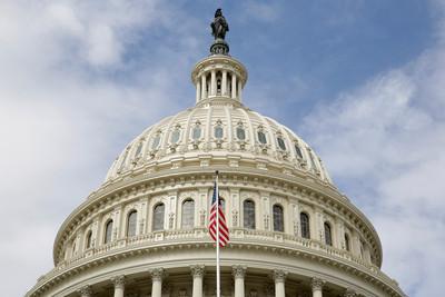 美政府停擺預料延至「耶誕節後」 麥康諾:任何事都可能發生