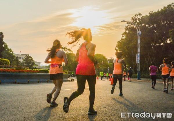NIKE女子半馬1萬8千名女性跑步展現正能量a(圖/ETtoday新聞雲示意圖)