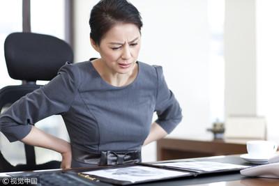 腰痛吃「肌肉鬆弛劑」有用?藥師揭4副作用:舌麻還爆血色尿