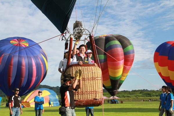 「熱氣球繫留」的圖片搜尋結果