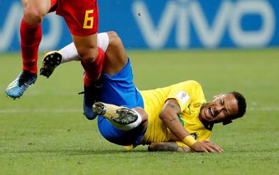 「內馬爾摔」真假?足球常見6大傷害...比賽受傷率超高!