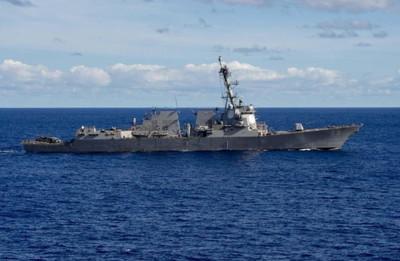 美神盾艦對解放軍無還手能力? 再入台海陸艦恐越中線伴行