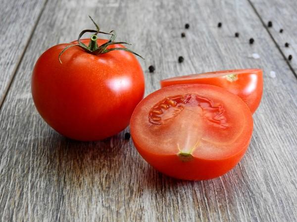 ▲番茄,番茄汁。(圖/取自免費圖庫pixabay)