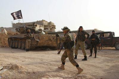 法軍「續留敘利亞」打擊IS!國防部長:恐怖主義的根還在