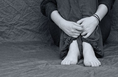 國一生遭4男同學霸凌!連續8天闖浴室嘲笑 離奇腹痛亡