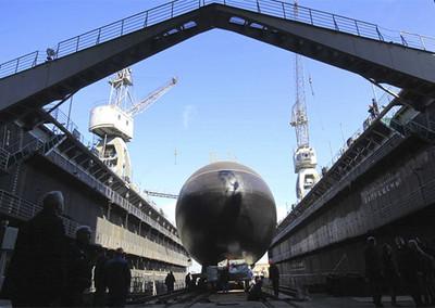 俄國2潛艦突入黑海軍演 烏克蘭進入緊急狀態