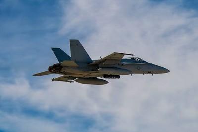 駐日美C-130與F/A-18戰機相撞 疑夜間「空中加油訓練」釀禍