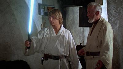 路克《星戰》光劍拍賣估600萬 漢米爾澆冷水:我用過的其中1支