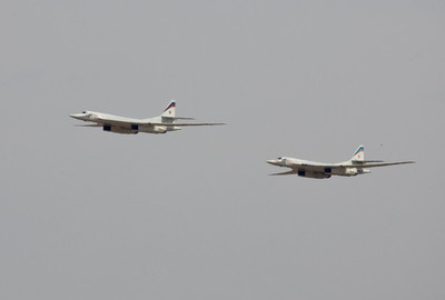 持續飛25小時跨2萬多公里 2架俄軍TU-160再創世界紀錄