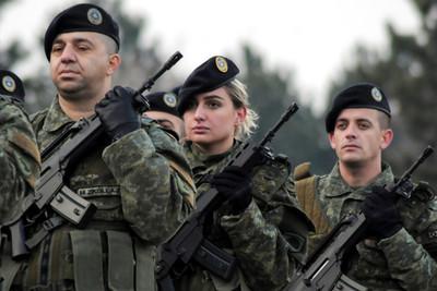 科索沃立法通過「建立正規軍」 塞爾維亞警告:不排除武裝介入