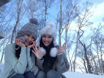 穆熙妍與何穗的閨蜜雪地之旅 北海道最美旅館「坐忘林」