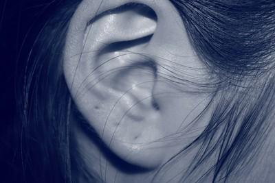 「耳朵有褶痕」是心肌梗塞徵兆!中醫曝「4位置」:可看心血管問題