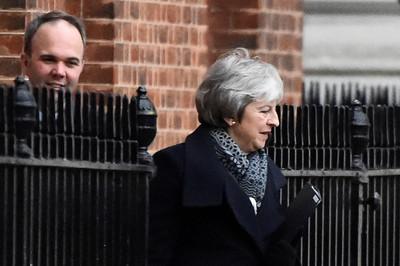否決協議機率高!英政府籲民眾快換歐洲駕照 擬延後脫歐時限