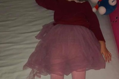 堅持穿夢幻蓬裙睡覺!可愛女兒「6字神回」 ... 爸媽聽完都認輸了