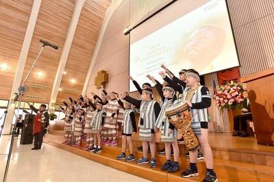 台灣世界展望會新任會長王偉華就職 盼為貧童帶來經濟與心靈幫助