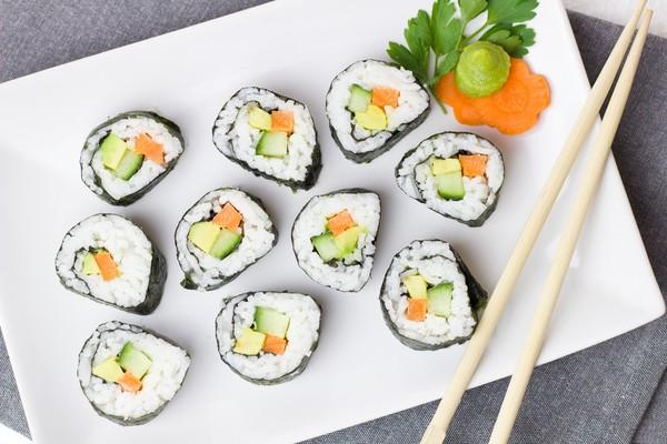 ▲日本人為什麼吃不胖?瑞典研究:因為他們吃的飯跟你吃的不一樣!米飯也有分好壞?(圖/蕭捷健 醫師)