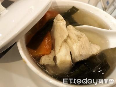 營養全溶在湯裡?醫揭「鱸魚湯」營養價值:還可當感冒食療