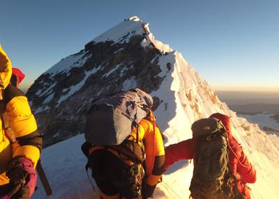 8登山客喜馬拉雅山失踪 印度飛行員發現「5具屍體」