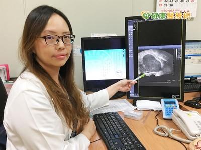 下腹痛又發燒!她子宮異位復發「卵巢長5cm囊腫」骨盆慘發炎
