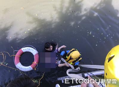 嬤跳水輕生!他秒跳下鬥死神 警驚:這水很深,沒看過有人勇氣跳下