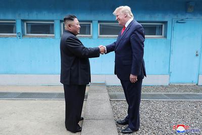 握完手又破局 北韓指責美國「癡迷制裁」執意敵對行為