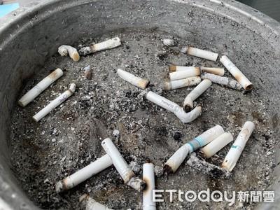 鄰居每晚「抽菸大隊接力」 他向管委會投訴無果…網友真心相勸