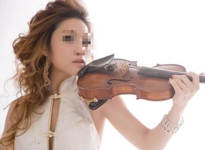 美女小提琴家連詐2痴情男 奶爸醫藥費「假本票灌水3倍」曝光