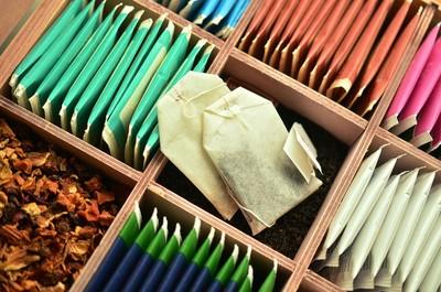 「懂挑茶包」免吃毒!市售5款材質評比...熱水最怕沖這3款
