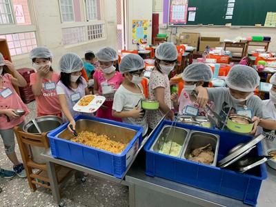 全台唯一!竹市46所市立中小學營養午餐 「三章一Q」100%達標