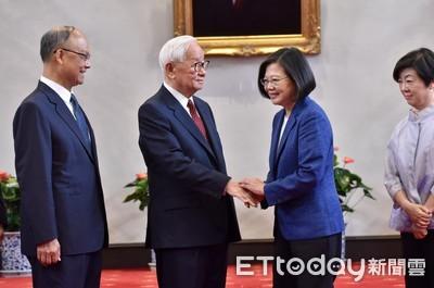 快訊/張忠謀任APEC領袖代表 蔡英文交付2大任務