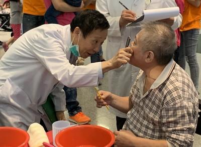 近九成身心障礙者易有口腔照護問題 醫院揪機構比拼潔牙技巧