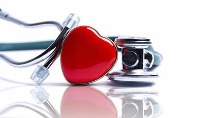 心悸胸悶痛...當心「二尖瓣脫垂」!高瘦女患病機率高 4招調整舒緩