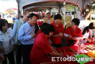 王詹樣公益信託落實在地關懷 連9年邀明華園文化扎根