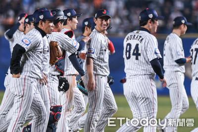12強/鈴木誠也開轟、澳洲滿壘送分 日本3比2逆轉勝