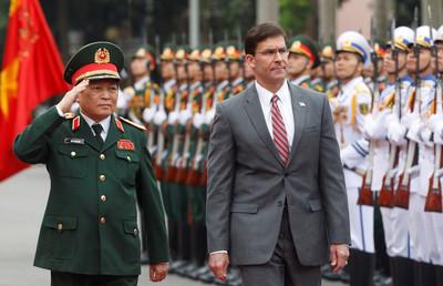 美國防部長:美中競爭但沒冷戰 重點是引導中國走「正確道路」