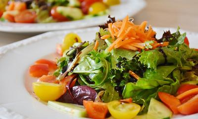 愛吃沙拉注意!美國蘿蔓生菜爆大腸桿菌汙染 5關鍵避免食物中毒