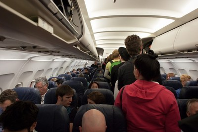 飛機上最髒的地方...廁所只排第4! 搭機「掌握6要點」病菌不纏身