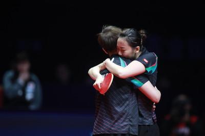 桌球女雙世界第三創最佳 陳思羽、鄭先知「雙右手」要加強跑位