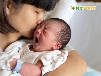 早產嬰最怕染RSV病毒!流鼻水、發燒恐喪命...醫:撐過2歲能避免