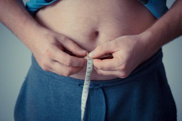 ▲▼減肥,腰圍,減重,胖子,鮪魚肚。(圖/Pixabay)