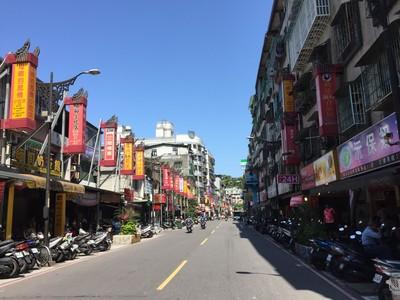 一條「緬甸街」拉近台緬距離 導覽員:就像包子與破酥包